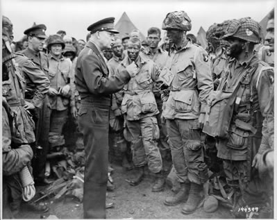 Ike encouraging troops